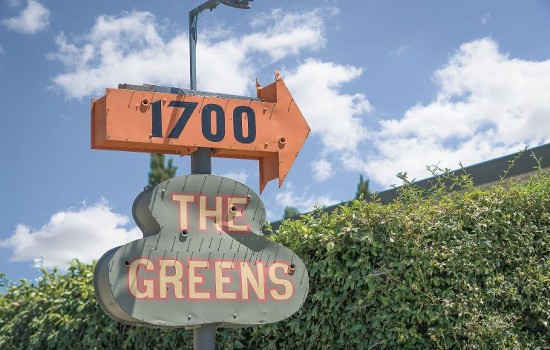 Welcome To The Greens Hotel - The Greens Hotel Sign